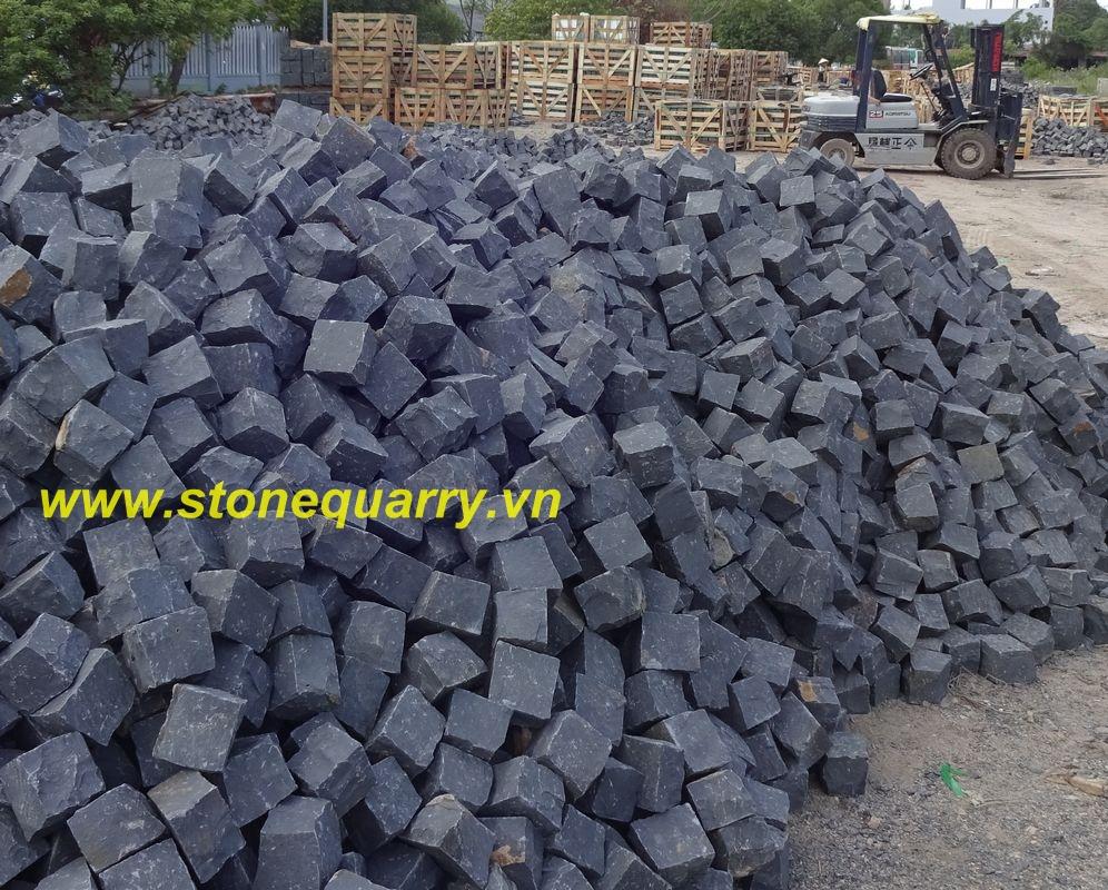 What Are Basalt Stones : Vietnam basalt cubes cobbles a black quality